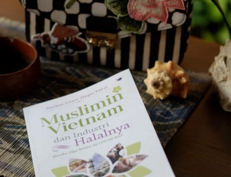 Mengintip Peran Umat Muslim lewat Buku Muslim Indonesia dan Industri Halalnya