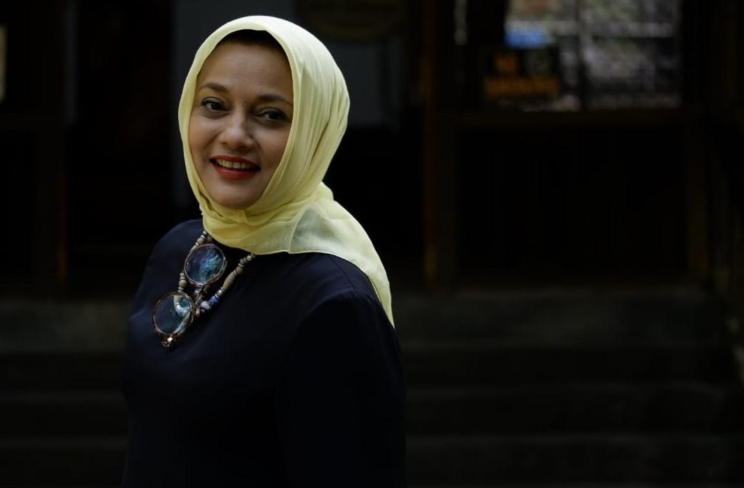 Marissa Haque Persembahkan Buku Wisata Halal