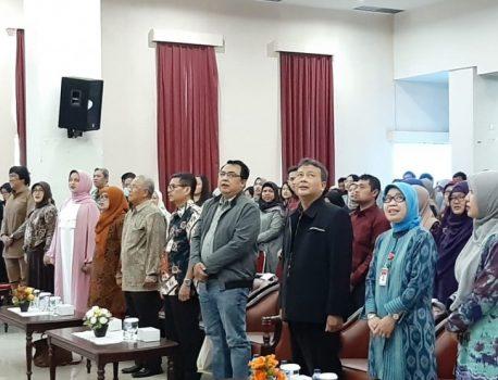 STIE Indonesia Banking School Gelar Seminar Produk Halal
