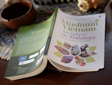 Demi Buku, Marissa Haque Lanjutkan Riset ke Vietnam